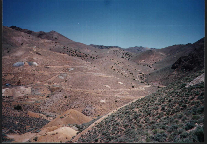 PE_054_1997_4_Geology_site_photos_26254_Page_02